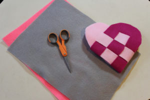 How to Make Swedish Hearts at Hands Occupied