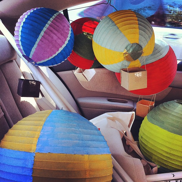 How-to: Hot Air Balloon Party Decorations | HandsOccupied.com