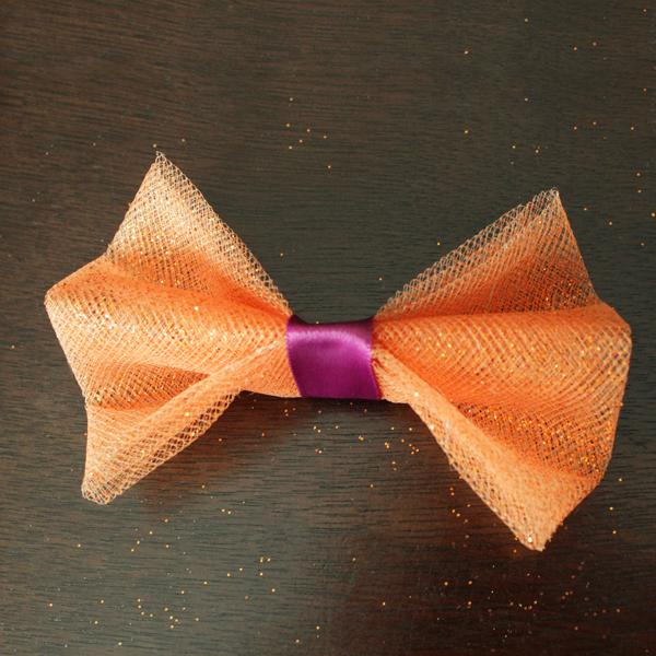 How-to: Halloween Doggie Bow Tie | HandsOccupied.com