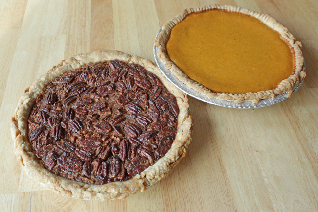 Thanksgiving Pies & Recipes | HandsOccupied.com
