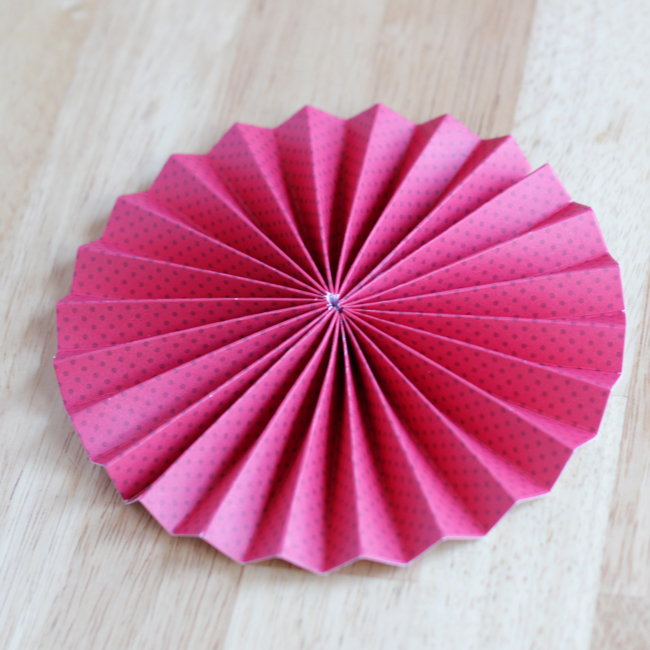 How-to: Make the Perfect Pinwheel | HandsOccupied.com