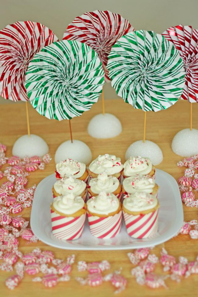 Peppermint Schnapps Swirl Cupcakes | HandsOccupied.com