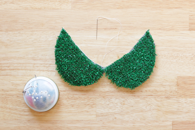 How-to: Astro Turf Peter Pan Collar at HandsOccupied.com