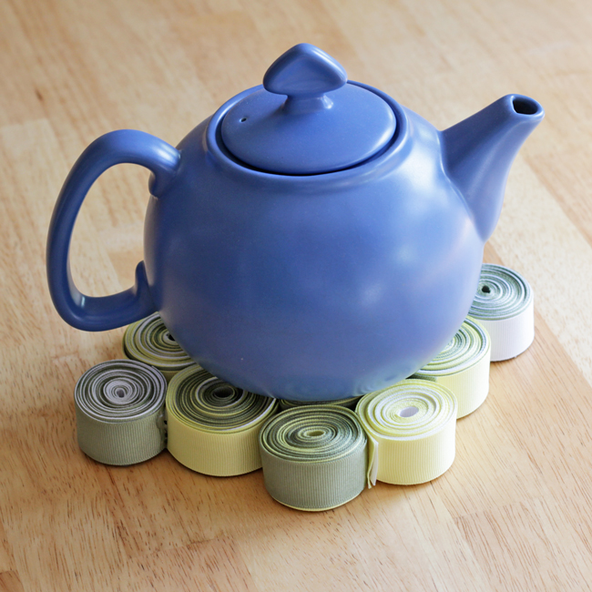 How-to: Recycled Ribbon Trivet