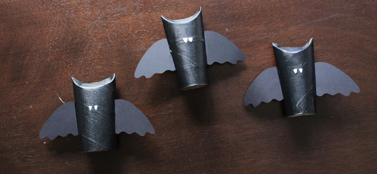 How-to: Bat Place Cards | Hands Occupied