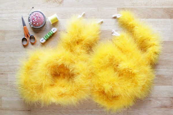 How-to: Last Minute Dandelion Costume - Hands Occupied