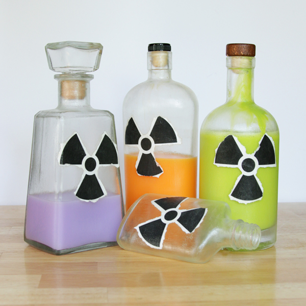 How-to: Radioactive Jars - Hands Occupied