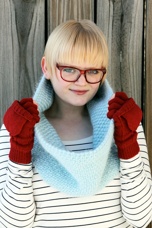 Knitted Faux Woven Cowl - Free Knitting Pattern at Hands Occupied