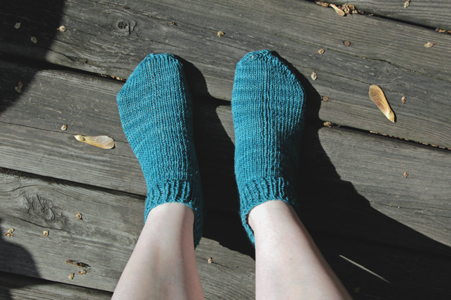 Shorty Socks Knitting Pattern at handsoccupied.com
