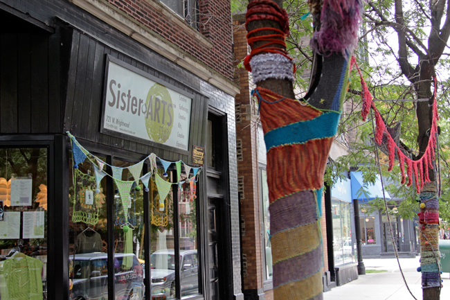 Chicago Yarn Crawl: Sister Arts Studio | handsoccupied.com
