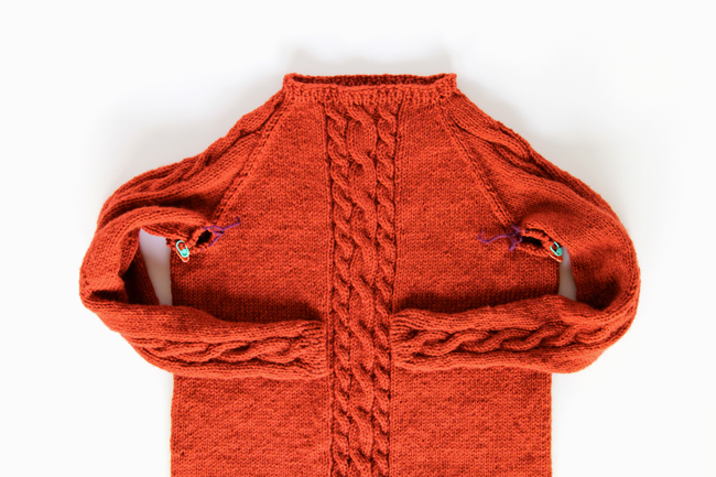 How to knit the Remy Pullover's Collar | handsoccupied.com