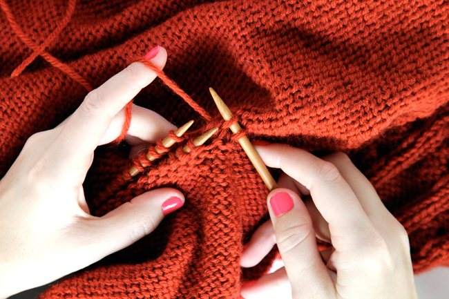 How to Knit a Three Needle Bind Off / Knit Along Day 7