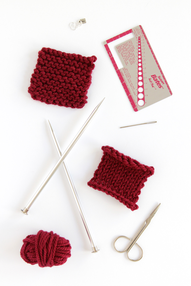 What do you buy when you're learning to knit from scratch? Check out this list of beginner supplies!