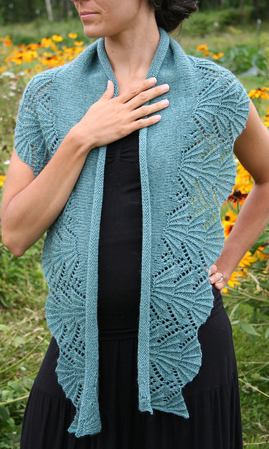 Bliss Shawl by Amanda Lilley
