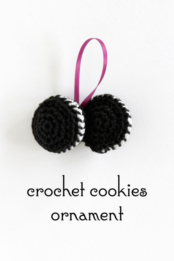 Click through for the free pattern for this cookies Christmas ornament.