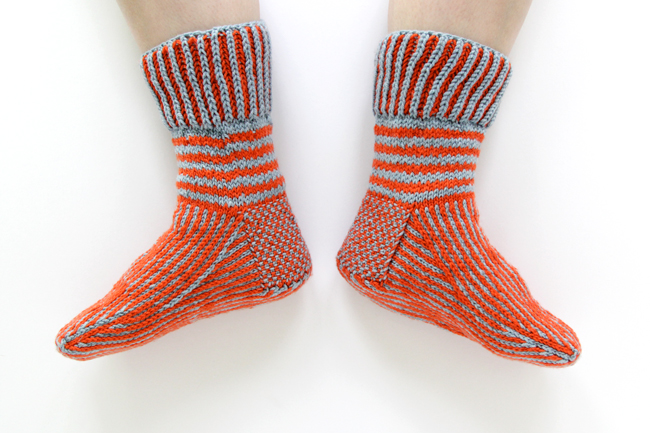 Learn how to knit a short row heel turn to master cuff down socks. Click through for the video tutorial.