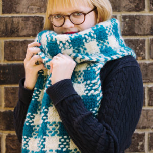 Knit this super cozy scarf throughout the fall to keep you warm this winter! | Plaid Super Scarf by Heidi Gustad for AllFreeKnitting