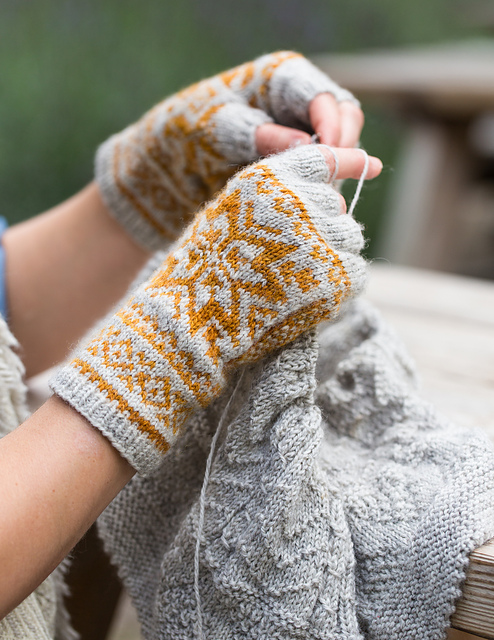 Belyse Mitts by Ysolda Teague
