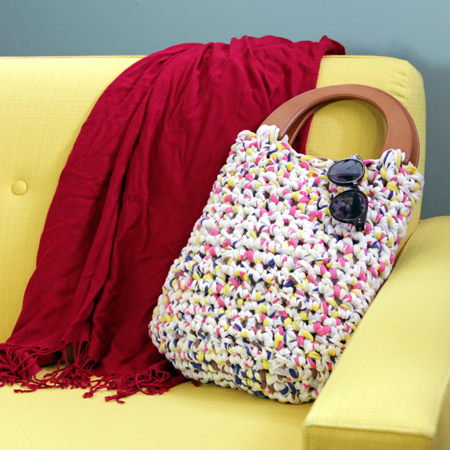 Try your hand at the easy-to-make Grab 'n Go Purse, a free crochet pattern that makes the most of fabric yarn!