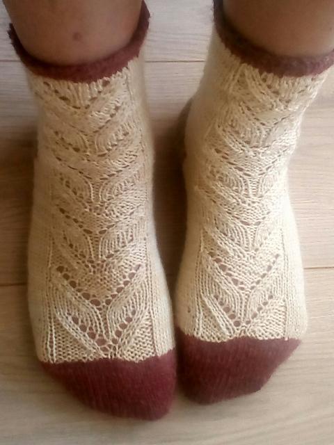 Muesli Framboise Socks by la Princesse aux 10doigts