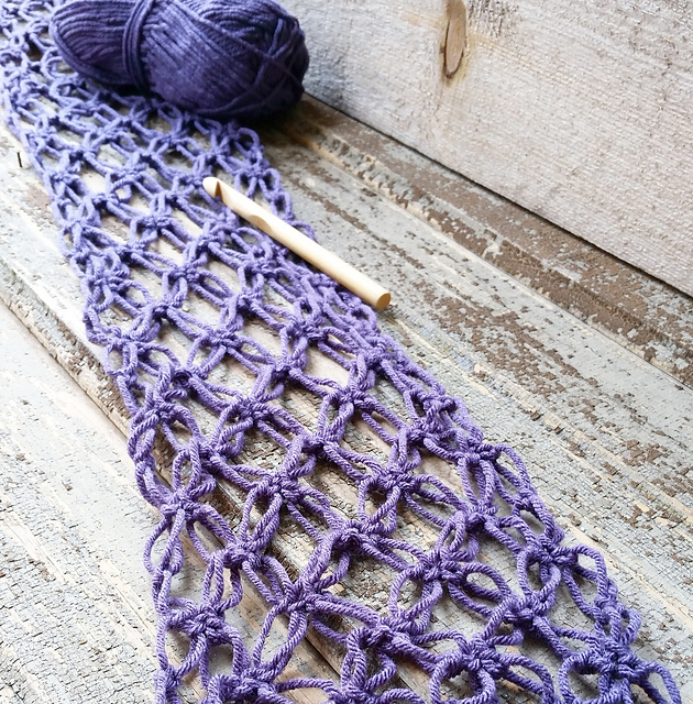 Celtic Love Knot Scarf by Laurie Garn