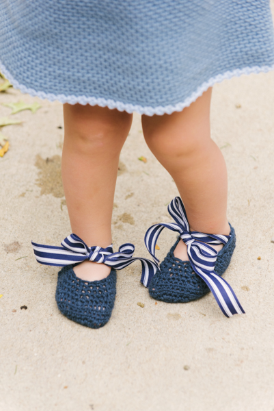Navy Bloom Mary Janes by Heidi Gustad, first published in the Feb. 2018 issue of I Like Crochet magazine