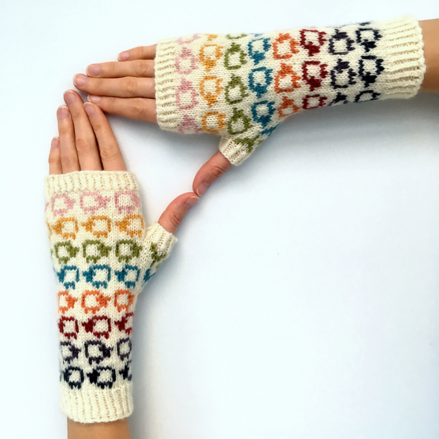 Sheep Shuffle Mitts pattern by Sophie McKane