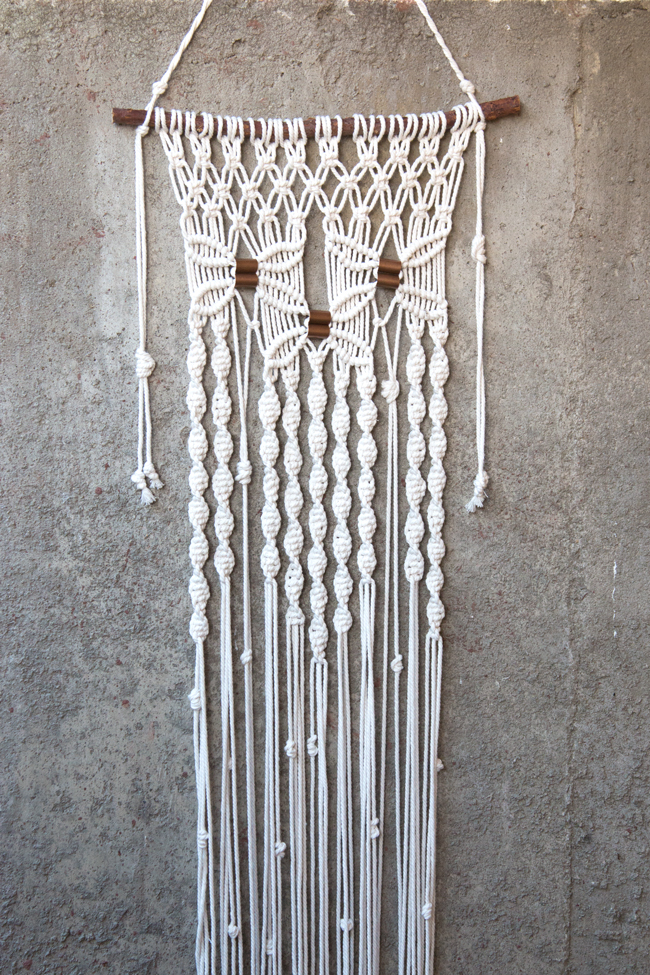 Solid Oak Macramé Wall Hanging Kits Review & Giveaway