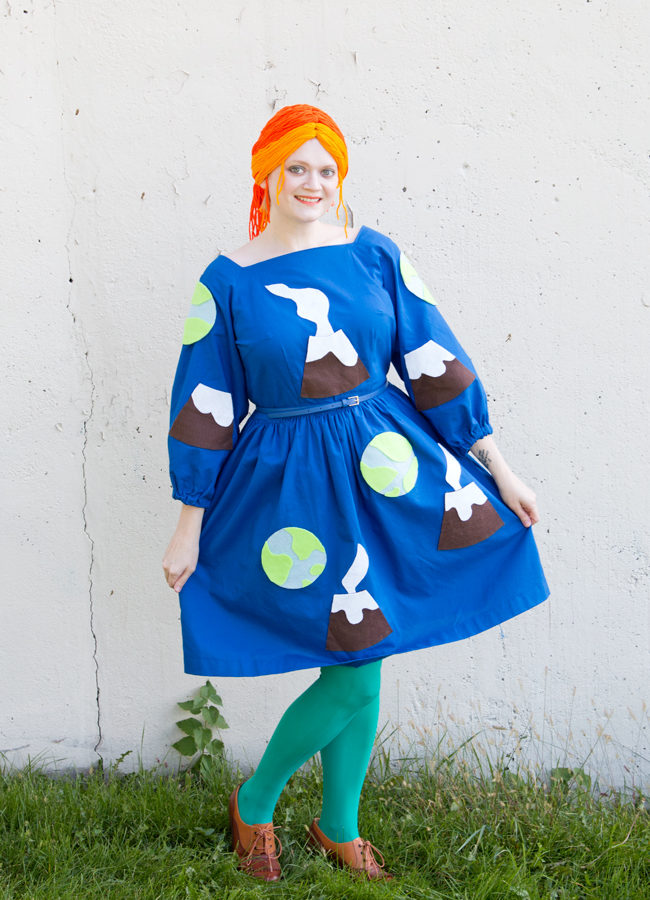 Easy Ms. Frizzle Costume for Halloween or Comic Con