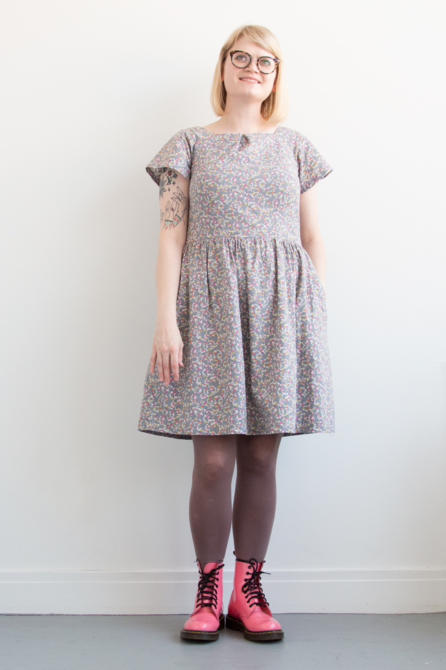 Handmade Wardrobe / Learn the ins and outs, pros and cons of sewing the beginner-friendly ESP Dress from Decades of Style.