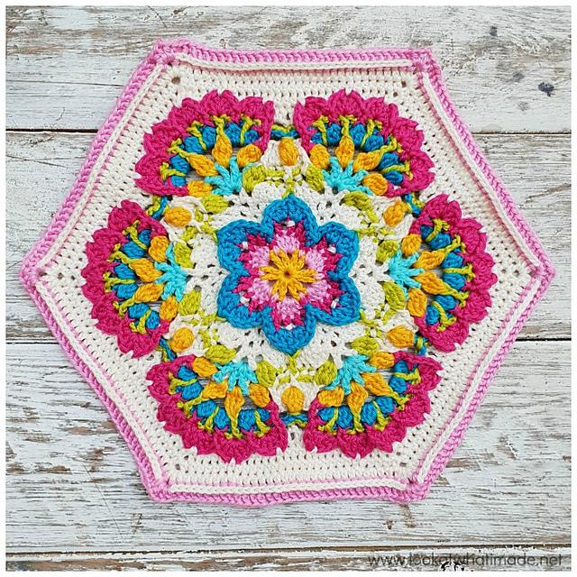 Mary's Memory crochet pattern by Dedri Uys