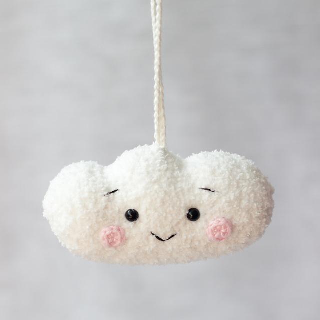 The Little Cloud crochet pattern by Daria Kalinina