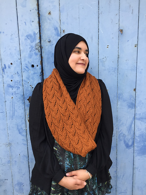 Smithies Cowl knitting pattern by Alison Moreton