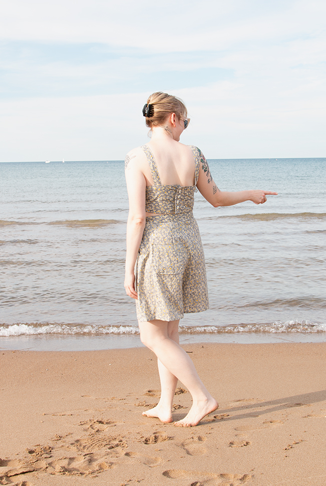 Handmade beachwear is so much fun to make! Find tips for achieving a good fit when knitting from a vintage pattern, and take a look at a handmade, 1940s-inspired swim set.